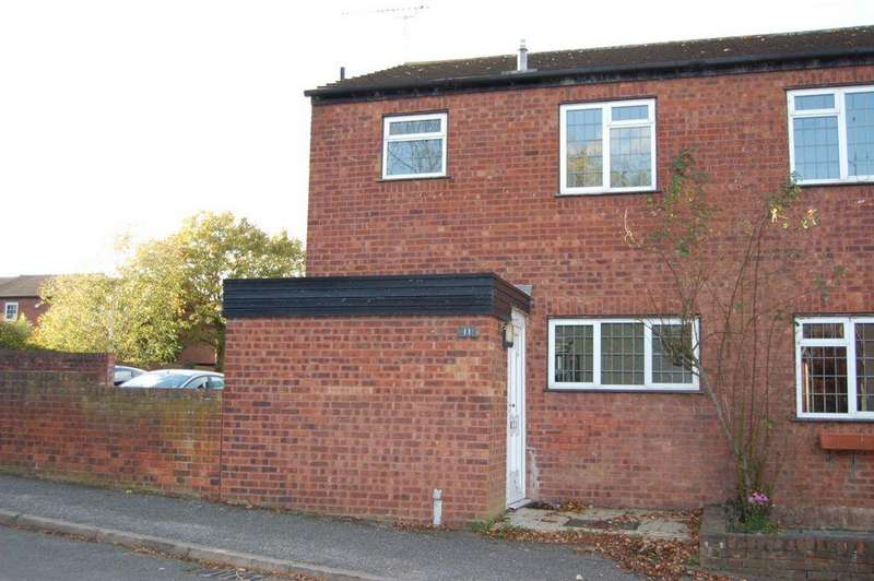 4 Bedrooms Semi Detached House for sale in Kingsley Road, Loughton, IG10