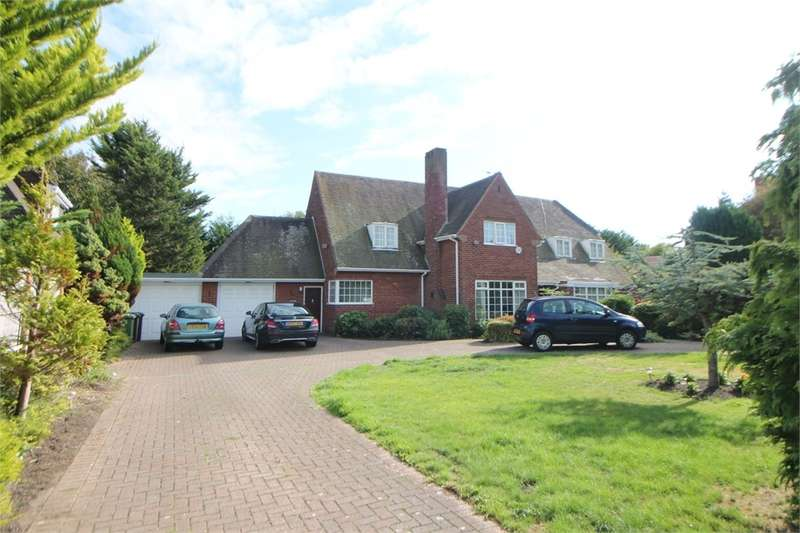 5 Bedrooms Detached House for sale in Roehampton Drive, Blundellsands, LIVERPOOL, Merseyside