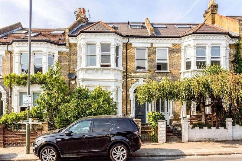 3 Bedrooms Maisonette Flat for sale in Broomwood Road, London, SW11