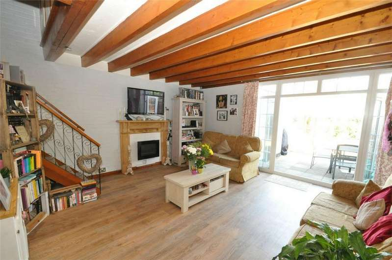 3 Bedrooms End Of Terrace House for sale in Daniells, WELWYN GARDEN CITY, Hertfordshire