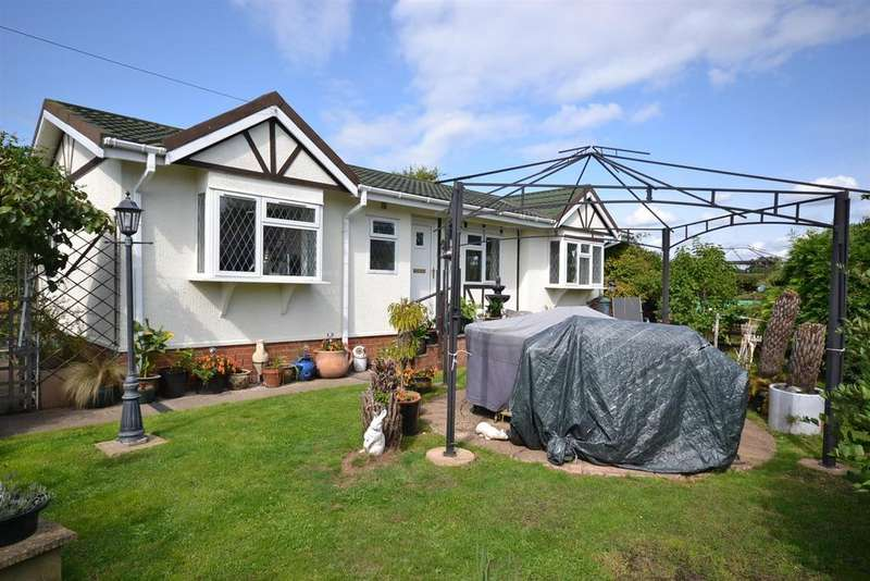 2 Bedrooms Park Home Mobile Home for sale in Waterside Orchard, Bittell Farm Road, Hopwood, Nr Alvechurch