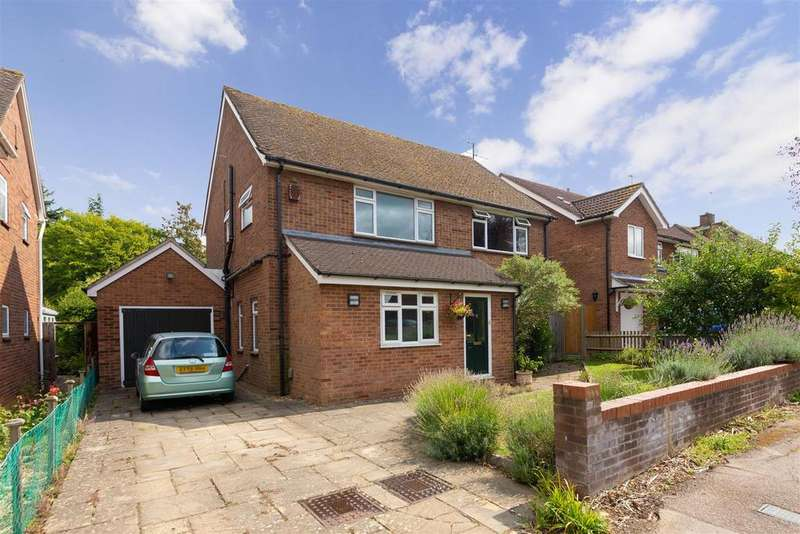 4 Bedrooms Detached House for sale in Cloisters Road, Letchworth Garden City