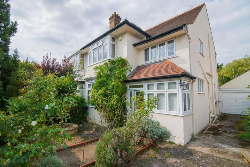 3 Bedrooms Semi Detached House for sale in Cumberland Road, Barnes, SW13