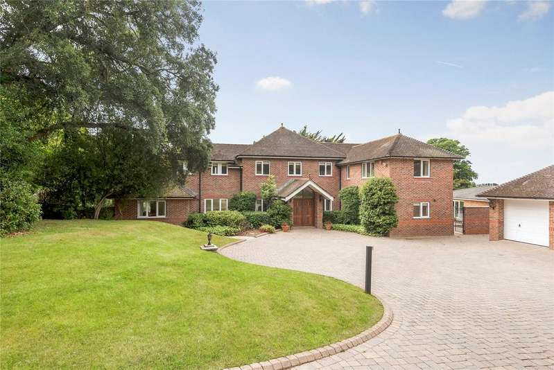 5 Bedrooms Detached House for sale in Monument Lane, Lymington, Hampshire