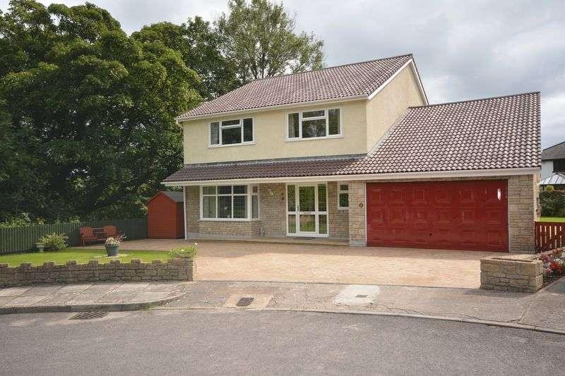 5 Bedrooms Property for sale in 15 Parkfields, Pen-Y-Fai, Bridgend