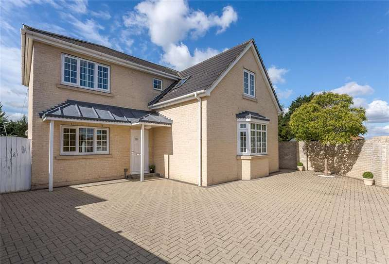 4 Bedrooms Detached House for sale in Boundary Road, Red Lodge, Bury St. Edmunds, Suffolk