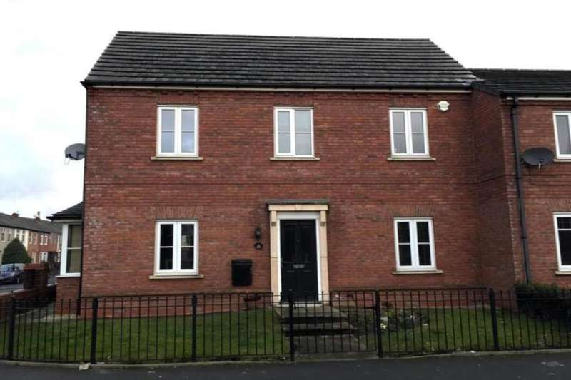 3 Bedrooms Semi Detached House for sale in Ashworth Street, Bury, BL8