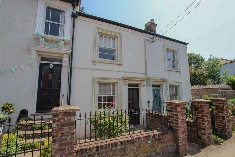 3 Bedrooms Terraced House for sale in Langdon Street, Tring, HP23 6AZ