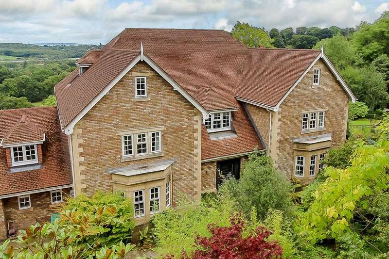 5 Bedrooms Detached House for sale in Cefn Mably Park, Michaelston-y-Fedw, Cardiff, CF3