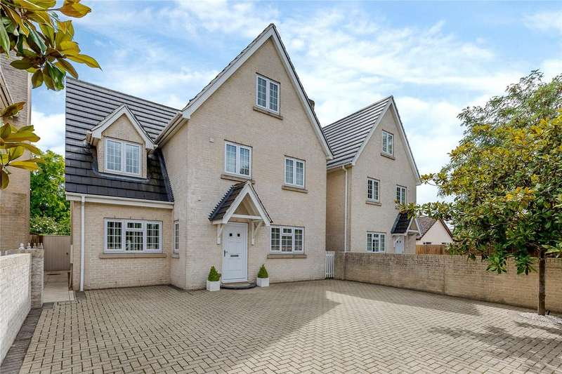 6 Bedrooms Detached House for sale in Turnpike Road, Red Lodge, Bury St. Edmunds, Suffolk