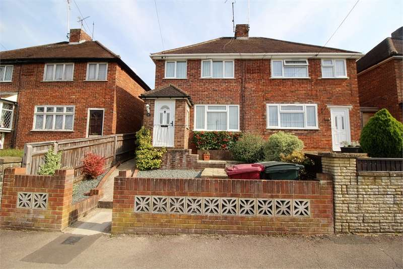 3 Bedrooms Semi Detached House for sale in Rodway Road, Tilehurst, READING, Berkshire