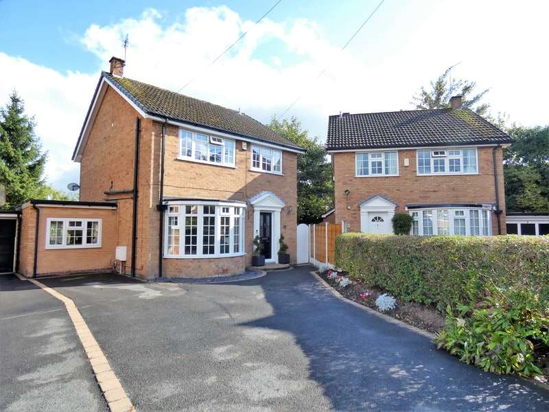 4 Bedrooms Detached House for sale in Ravenswood Drive, Cheadle Hulme, Greater Manchester, SK8