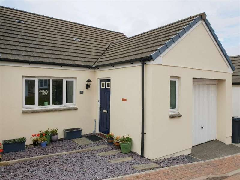 4 Bedrooms Semi Detached House for sale in 7 Austen Close, PAR, Cornwall