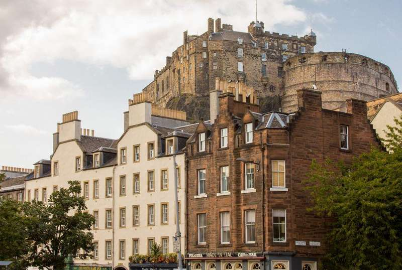1 Bedroom Flat for sale in Flat 3, 1 Castle Wynd South
