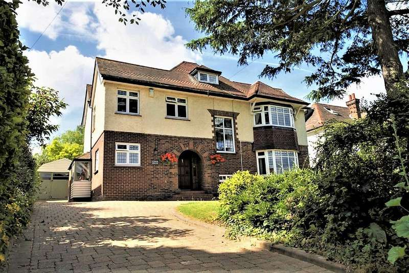 4 Bedrooms Detached House for sale in Priestfields, Rochester ME1