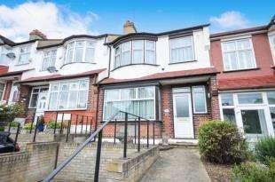 3 Bedrooms Terraced House for sale in De Frene Road, London
