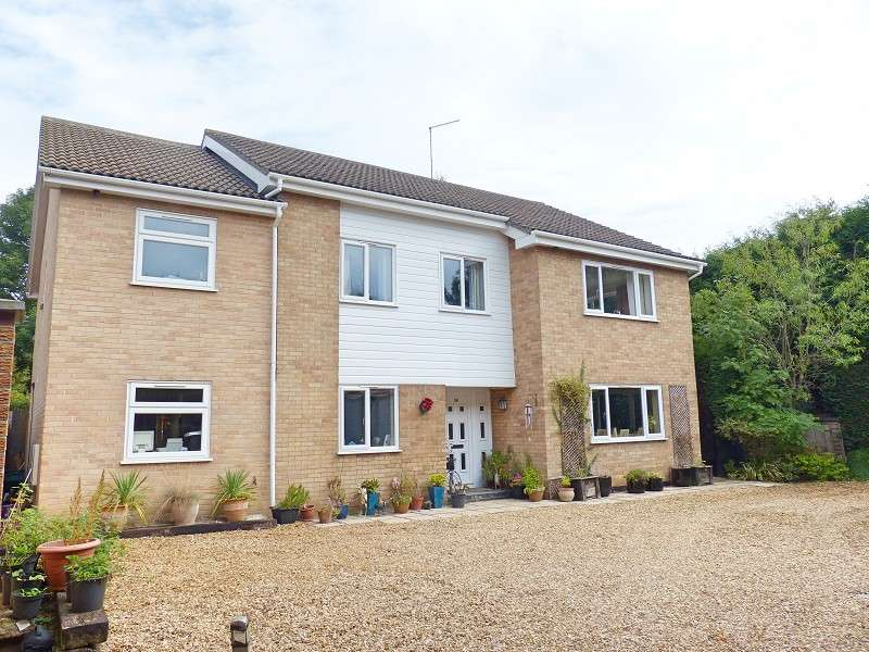 6 Bedrooms Detached House for sale in South Green, Coates, Whittlesey, Peterborough, PE7 2BJ