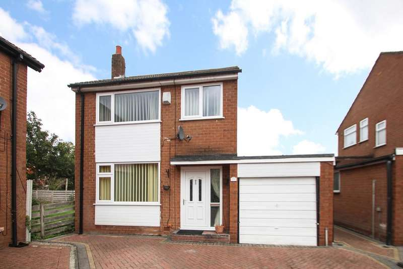 3 Bedrooms Detached House for sale in Holly House Drive, Flixton, Manchester, M41