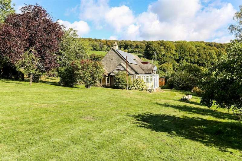 4 Bedrooms Detached House for sale in Mill Lane, Cranham, Gloucester