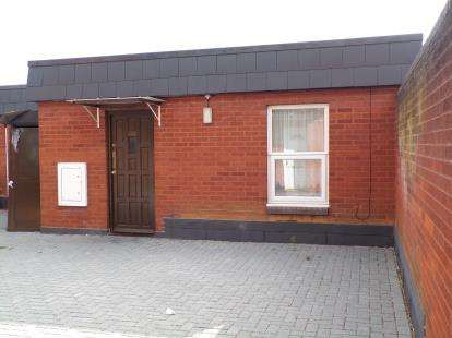 2 Bedrooms Flat for sale in Church Lane, Goldington, Bedford, Bedfordshire