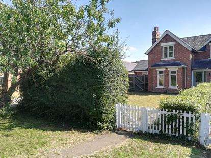 3 Bedrooms Semi Detached House for sale in Dry Drayton, Cambridge, Cambridgeshire