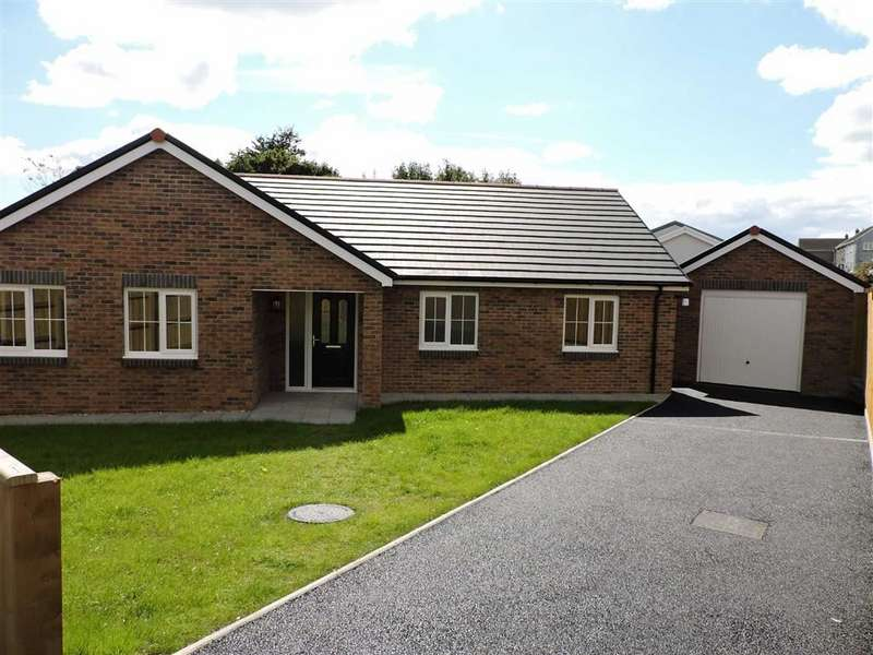 3 Bedrooms Detached Bungalow for sale in Maes Y Llewod, Bancyfelin