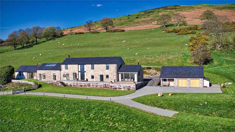 3 Bedrooms Detached House for sale in Llangynhafal, Nr Ruthin, Denbighshire, LL15