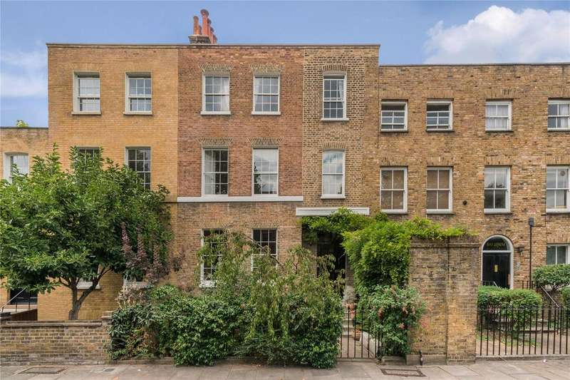 5 Bedrooms House for sale in Sutton Place, Hackney, London