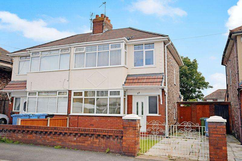 3 Bedrooms Semi Detached House for sale in St. Annes Road, Widnes