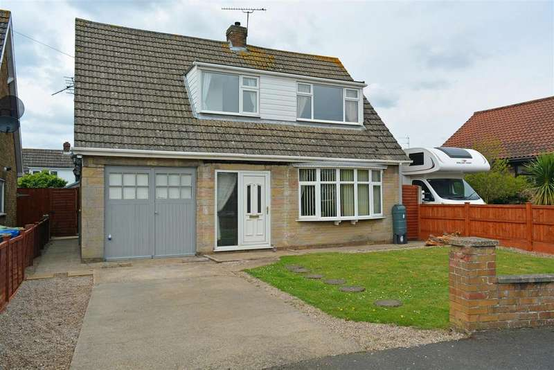 3 Bedrooms Detached House for sale in Cecil Close, Scotter, Gainsborough