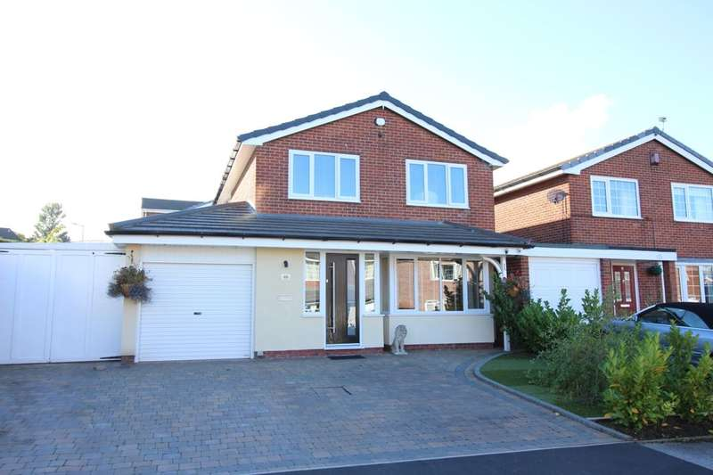 3 Bedrooms Detached House for sale in Grantham Drive, Bury, BL8