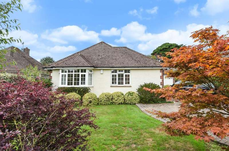 3 Bedrooms Detached Bungalow for sale in Valetta Park, Emsworth, PO10