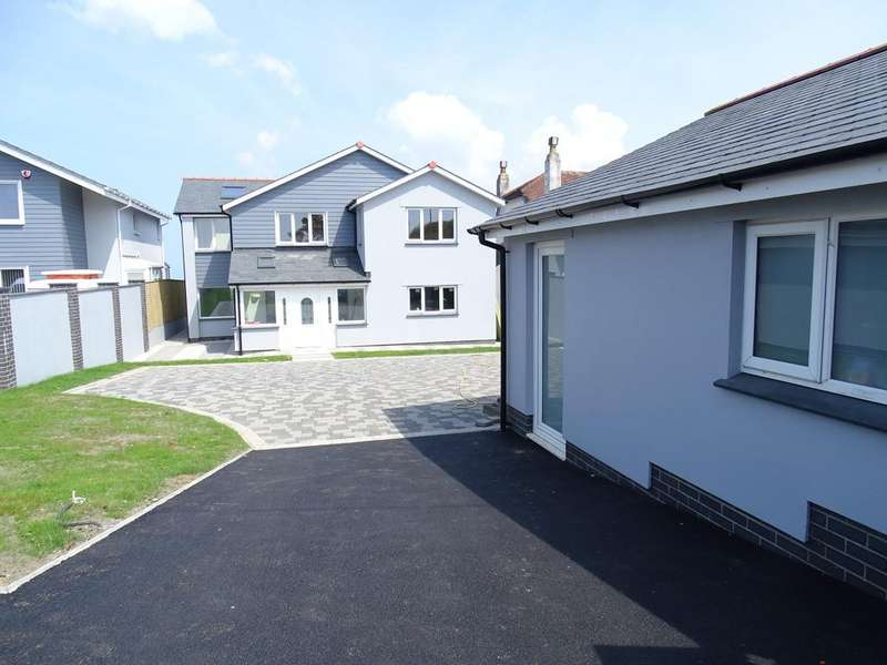 4 Bedrooms Detached House for sale in Bay View Road, Northam, Bideford EX39