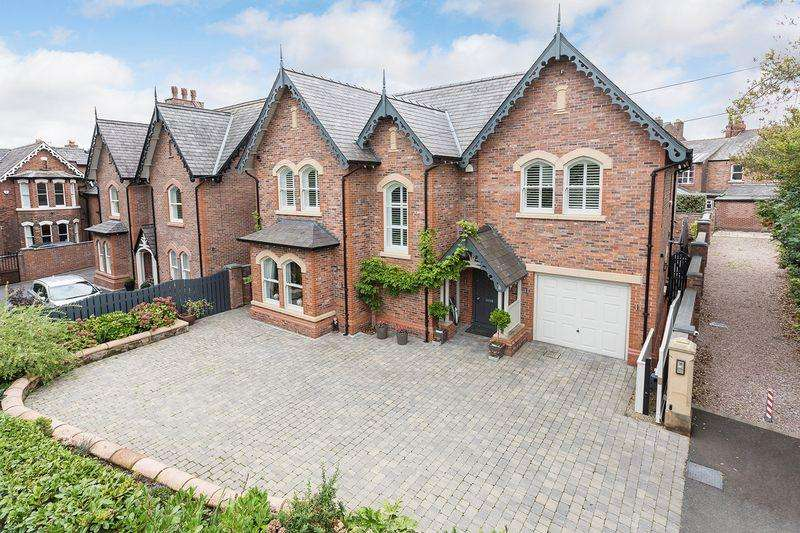 4 Bedrooms Detached House for sale in Eagle Brow, Lymm