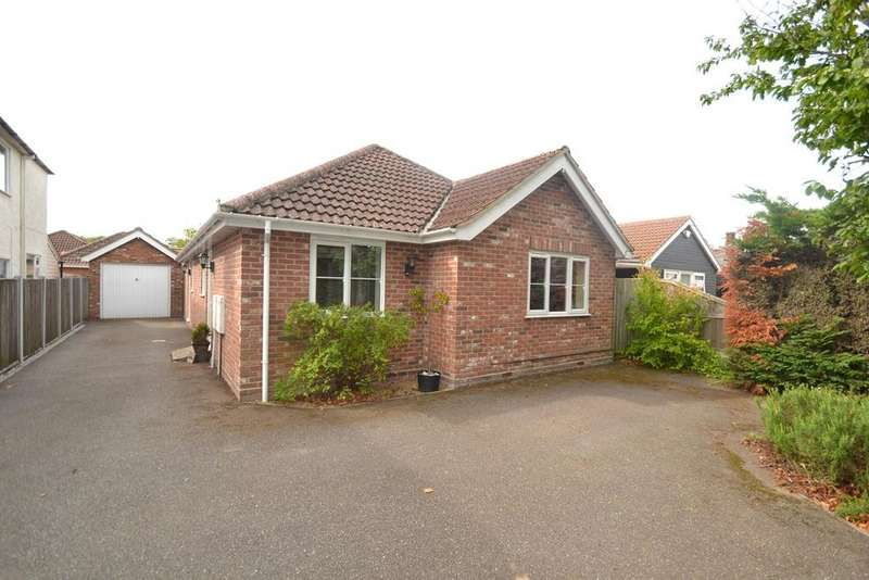 3 Bedrooms Bungalow for sale in Berechurch Hall Road, Colchester, CO2