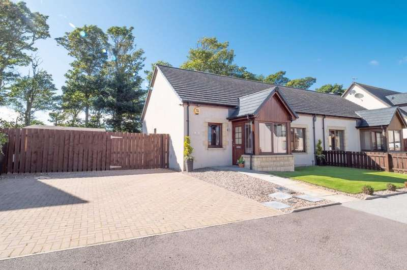 2 Bedrooms Semi Detached House for sale in Brighead View, Montrose