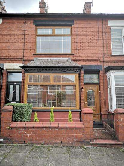 2 Bedrooms Terraced House for sale in Carlton Road, Ashton Under Lyne, Tameside, Greater Manchester