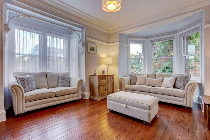 5 Bedrooms Semi Detached House for sale in Yarmouth Road, Thorpe St Andrew, Norwich