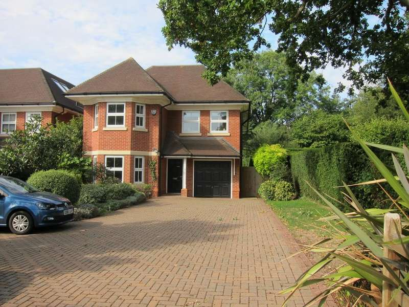 6 Bedrooms Detached House for sale in Waxwell Lane, Pinner, Village