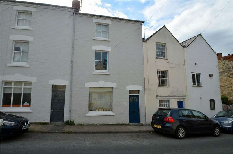 2 Bedrooms Terraced House for sale in Middle Street, Stroud, Gloucestershire