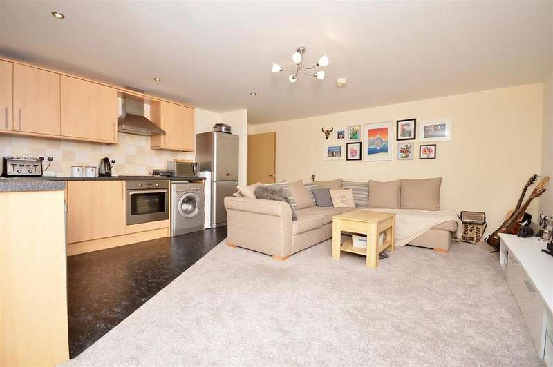 2 Bedrooms Flat for sale in Wesleyan Court, Lincoln