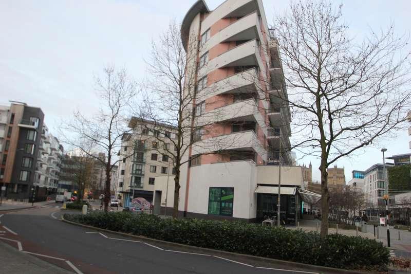 2 Bedrooms Flat for sale in Canons Way, Harbourside, Bristol BS1 5LN