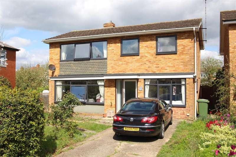 4 Bedrooms Detached House for sale in Claremont Avenue, Stony Stratford, Milton Keynes
