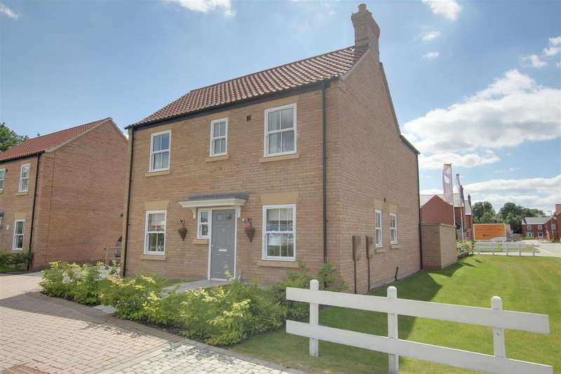 3 Bedrooms Detached House for sale in Hazel Walk, Alford