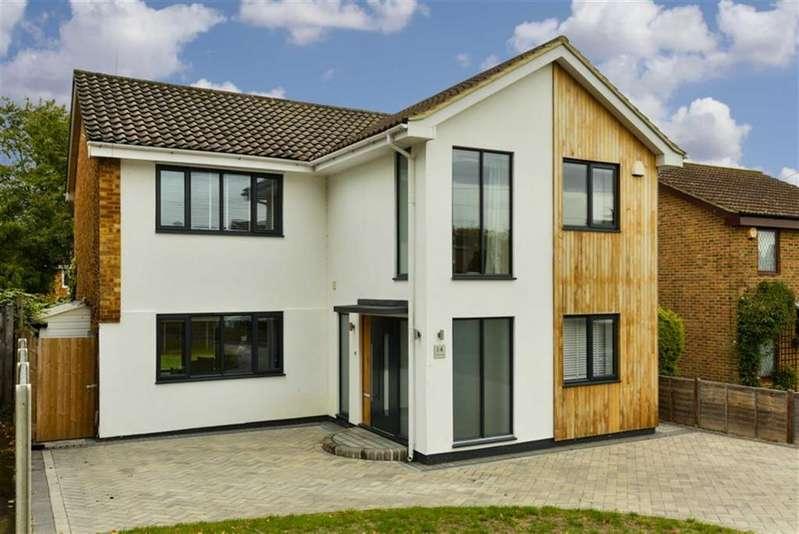 4 Bedrooms Detached House for sale in Aston Way, Epsom, Surrey