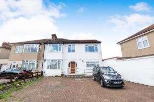 5 Bedrooms Semi Detached House for sale in Darwin Road, Welling, Near Bexleyheath, Kent