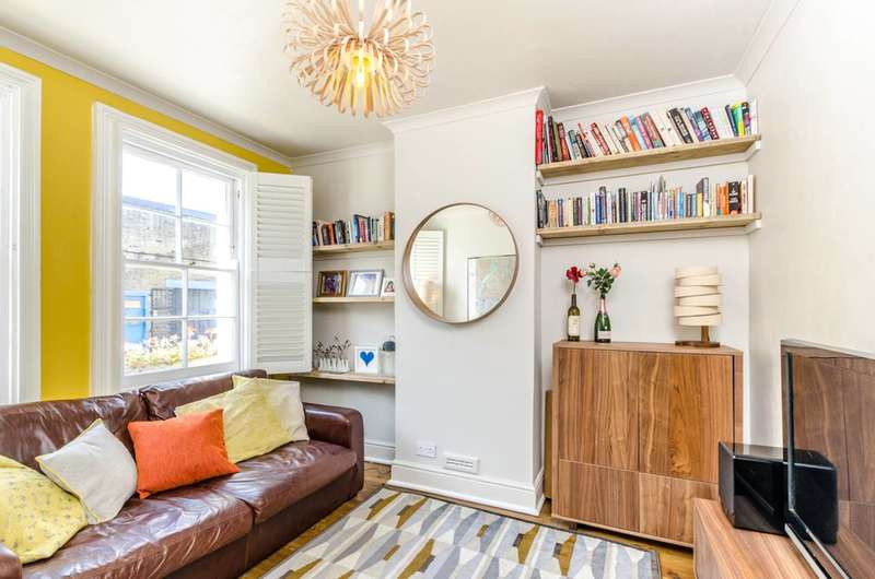 1 Bedroom Flat for sale in Clyston Street, Battersea, SW8