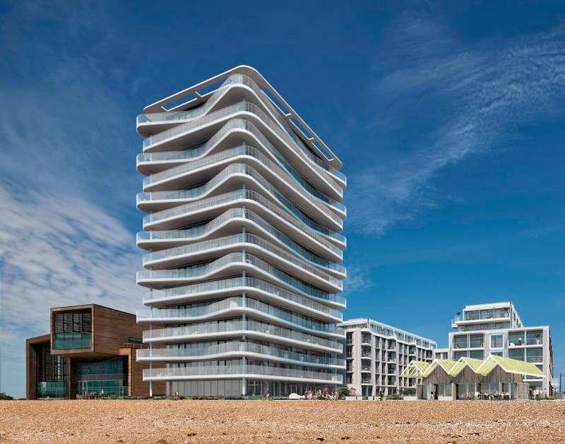 2 Bedrooms Apartment Flat for sale in Brighton Road, Worthing, BN11 2EN