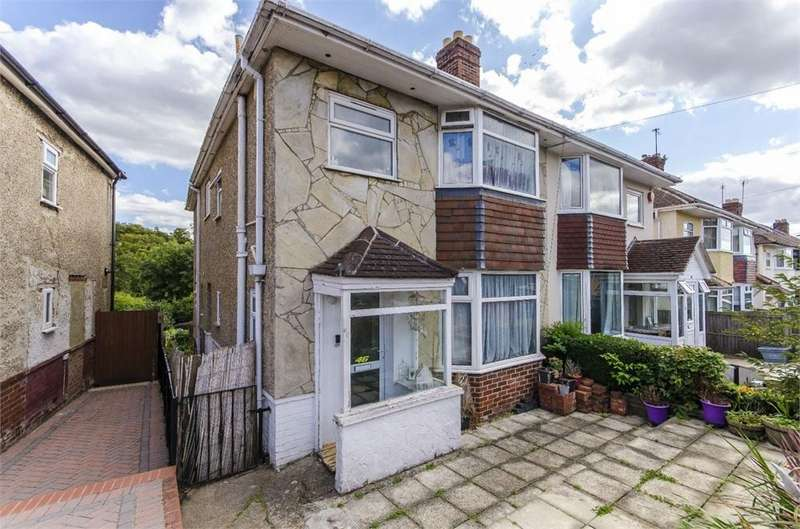 4 Bedrooms Semi Detached House for sale in Archery Grove, Woolston, SOUTHAMPTON, Hampshire