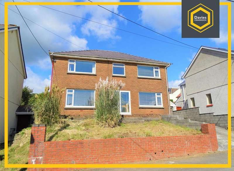 3 Bedrooms Detached House for sale in Elgin Road, Pwll, Llanelli, SA15